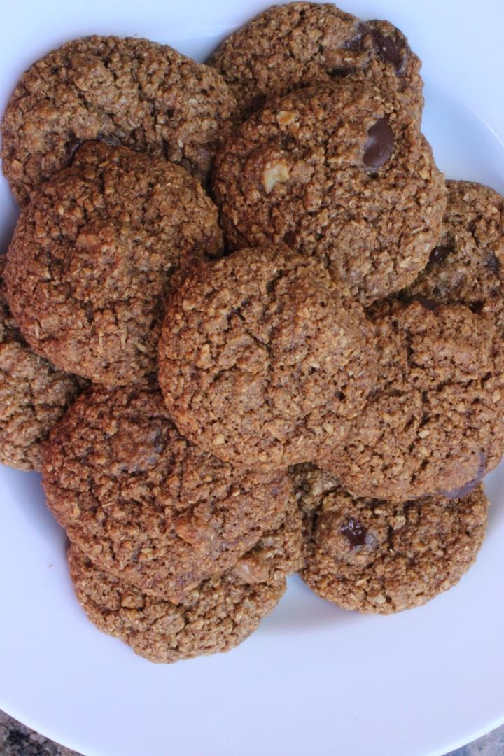 Vegan Chocolate Chip OatCookies