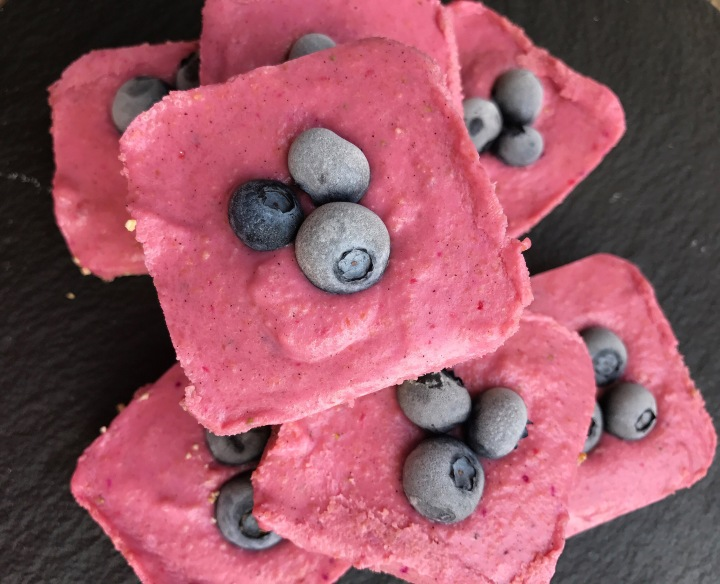 Raw Strawberry Dragonfruit CheesecakeBites